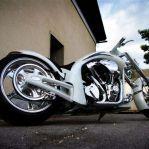 dreamachine-motorcycles 04 White Racer.jpg