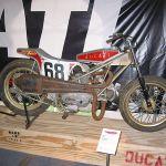 ducati 750 flat tracker 01.jpg