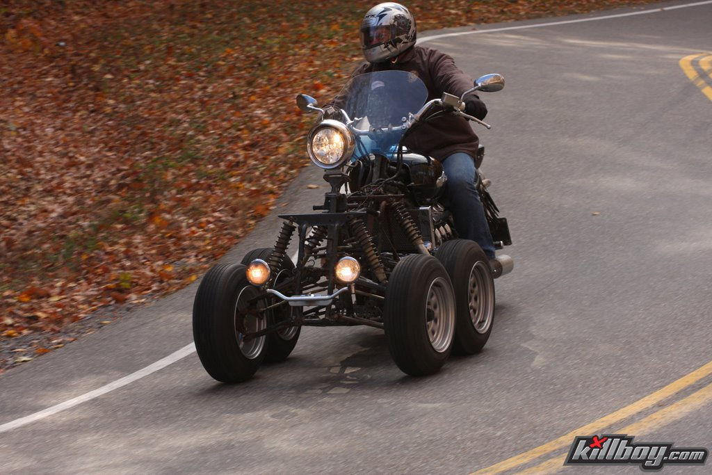 honda-valkyrie-5-wheels-02
